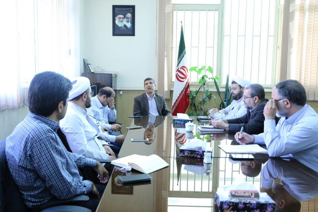جلسه شورای راهبردی در دفتر نهاد