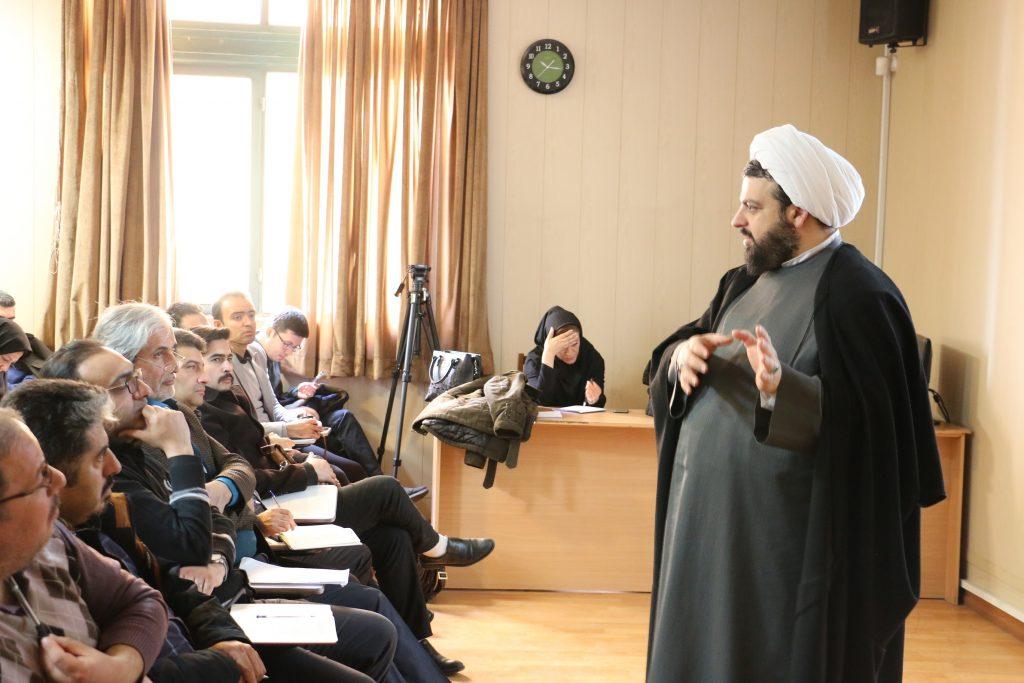 گزارش تصویری برگزاری کلاس های طرح توانمند سازی اساتید