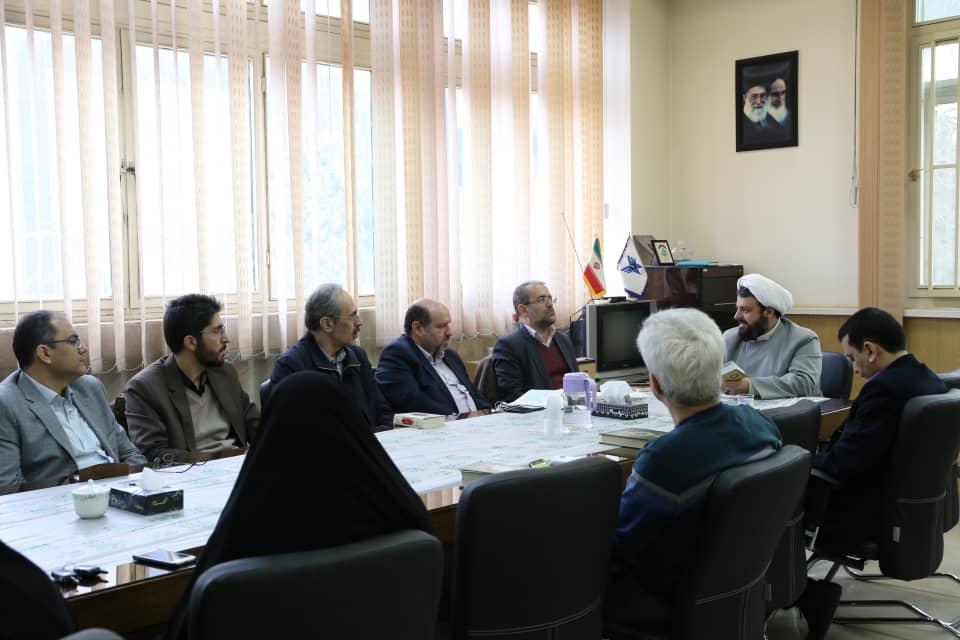 گزارش تصویری از جلسه هیات گفتمان قرآنی-معرفتی (نور الثقلین)
