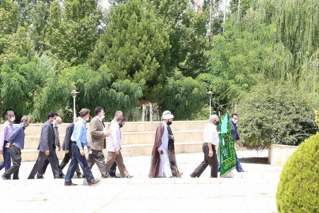 گزارش تصویری از مراسم پرچم گردانی